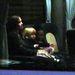 Angelina Jolie, Shiloh és Zahara a reptéri buszon, útban magángépük felé.