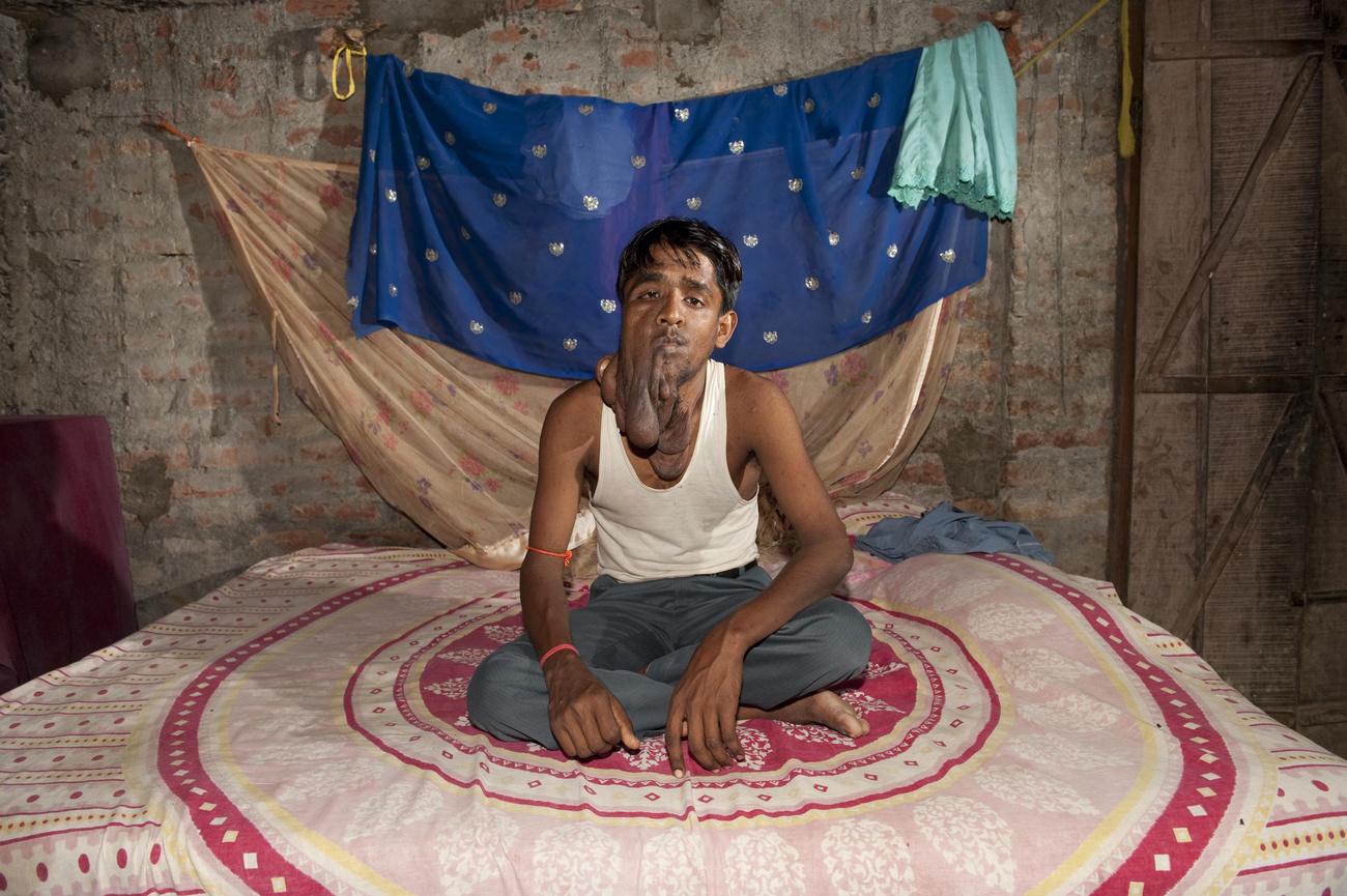 indiai szülők randi szőrös társkereső oldalak ingyen