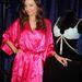 Miranda Kerr 2,5 millió dolláros melltartóval pózol