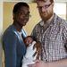 Keisha és Wilco van Kleef-Bolton az újszülött Jonah-val