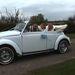 Érkezés az esküvőre, VW bogárral