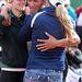 8. Ashton Eaton egy amerikai tízpróbázó, itt éppen felesége karjaiban ünnepli, hogy Londonban sikerült világcsúcsot felállítania. A feleség, Brianne Theisen hétpróbázó a kép bal szélén látható, hogy a másik szőke hölgy mit keres ott, azt ne firtassuk.