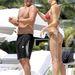 Eros Ramazzotti Miamiben strandol barátnőjével, Marica Pellegrinellivel