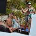 A Dolce & Gabbana 2013. tavasz-nyári kampányának fotózása Taorminában - Bianca Baltit éppen megpuszilják