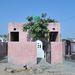 Raghavék egyszobás háza észak-Indiában, Kharkhodában