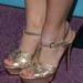 Előfordul ez bárkivel, de biztos, hogy ilyen cipőt kell akkor felvenni?