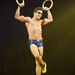 Egy fotó a Cirque de Soleil washingtoni előadásából, amelynek címe Totem