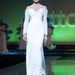 Nicola Minetti egy visszafogottabb ruhában