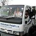 Elizabeth Hinksman krumpliszállító furgonon érkezik az esküvőjére