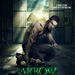 Stephen Amell az Arrow című sorozat promóképén