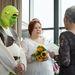 Az anyakönyvvezető előtt a menyasszonyról valamiért hiányzott a Fiona-smink