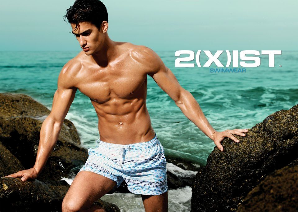 A modell: Tyson Ballou