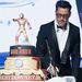 Az Iron Man 3. bemutatója miatt kapott vasemberes tortát.