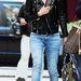 Kate Mosst Londoban kapták el a fotósok