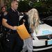 Füvet hajított ki az ablakon, ezért letartóztatták Amanda Bynest még csütörtökön.