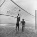 A strandröplabda is ment már az '50-es években