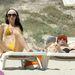 Marco Melandri és barátnője Formenterán a napon