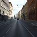 A Fő utca le van zárva, csak bringával, busszal és katasztrófavédőként lehet behajtani.