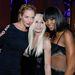 Naomi Campbell Uma Thurmann és Donatella Versace társaságában