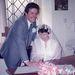 1984. Dianne Hodgson éppen hozzámegy első férjéhez, Neilhez