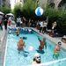 Ilyen volt a hangulat a medencés partin