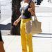 Hiába a sárga nadrág, ez sem jó elterelés.