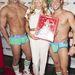 A fiúk karácsonyi hangulatban Lindsay Arnold táncosnővel