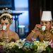 Együtt teáznak