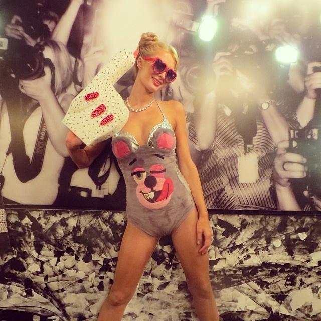 Paris Hilton Miley Cyrusként