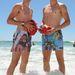 Kade és Jake Kolodjashnij a tengerben