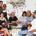 Shawn a jobb oldalon 2000-ben egy családi fotón, pár évvel műtétje előtt