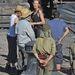 Angelina Jolie az Unbroken című filmjét rendezi - a forgatáson készült képet lát