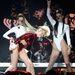 Egy kis fejrázás, hiszen Miley Cyrus egy nagyon vagány csaj.