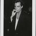 Richard Grieco valamikor 1990-ben, cigivel