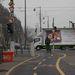 A botrányos társkereső óriásplakátja járja a várost