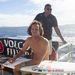 Ezt a szörföst úgy hívják, hogy Jordy Smith, dél-afrikai, de éppen Fijin van
