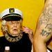 Doris De Hardie élvezi a műsort századik születésnapján