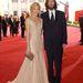 Kate Hudson 21 éves volt, amikor 2000-ben hozzáment Chris Robinsonhoz, a The Black Crows énekeséhez, aki akkor 33 éves volt. A házasság 7 évig tartott