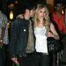 Avril Lavigne 21 éves volt, amikor 2006-ban hozzáment Deryck Whibley rockénekeshez, aki akkor 26 éves volt. A házasság 3 évig tartott