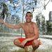 Az olasz Fabio Fognini pedig a szökőkútban hűsöl