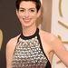 De Anne Hathaway is egészen bizarrul néz ki