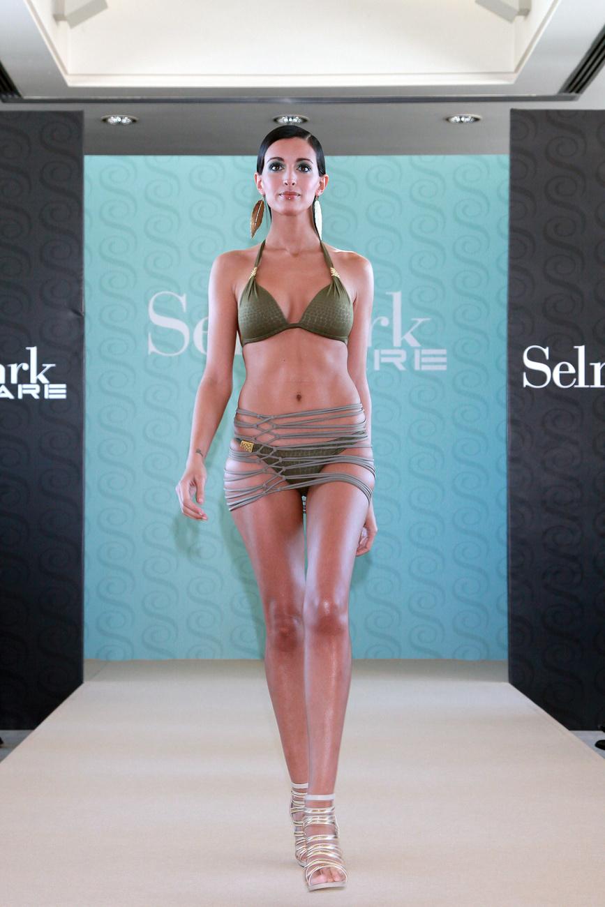 Skinny Bikini – Los Angeles