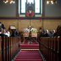 Most márciusban Bert ugyanis meghalt, és pontosan egy héttel később felesége is elhunyt, a rokonok szerint összetört szíve vitte el. Mindketten 93 évesek voltak, egyszerre volt a temetésük, ugyanabban a templomban, ahol összeházasodtak