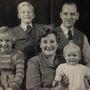 A Brant család néhány évvel az esküvő után: három gyerekük született