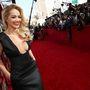 Ahogy Rita Ora is alaposan megszellőztette a melleit