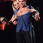 Zac Efron díjat kapott, Rita Ora vetkőzteti