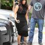 Kim Kardashian árpilis 18-án, Calabasasban