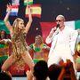 Jennifer Lopez a színpadon sem volt visszafogott (mellette Pitbull)