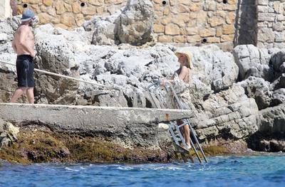 Rick Salomon ma, 46 évesen Cannes-ban a tengerparton