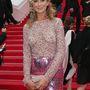 Ahogy a legkurvásabban öltözködő angol nemes, Lady Victoria Hervey is